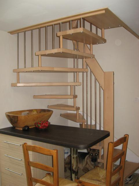 Escalier demi tournant gain de place contemporain